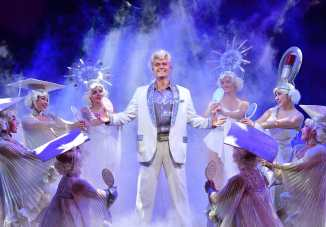 Image fromhttp://www.greasethemusical.co.uk/gallery