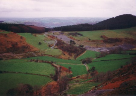 Bwlch Mine viewed from Caenant Mine, looking south