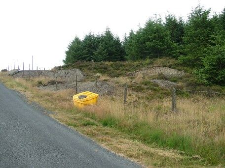 Tip to the west of the minor road from Llanddewi Brefi to Ffarmers.