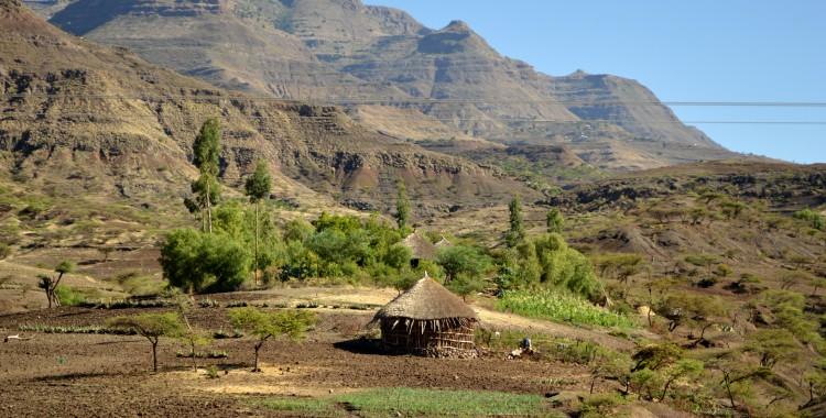 steil abfallende Tafelberge