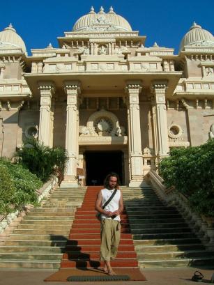 Der Ratscha verlässt den Palast