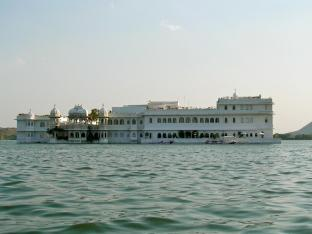 Der Seepalast (siehe James Bond)