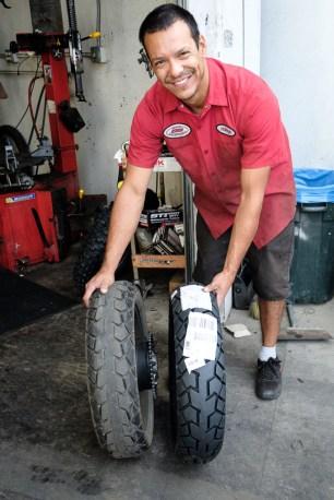 18.000 km vs. 0 km: Wir können uns nicht erinnern, dass unsere Reifen mal so ausgesehen haben.