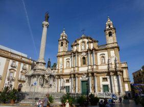 In Palermo gibt es über 80 Kirchengebäude.