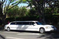 ... darf es auch etwas größer sein. Hier eine der Taxen von Honolulu.