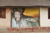 Ein deutscher Künstler hat Ma Betty an der Hüttenwand verewigt