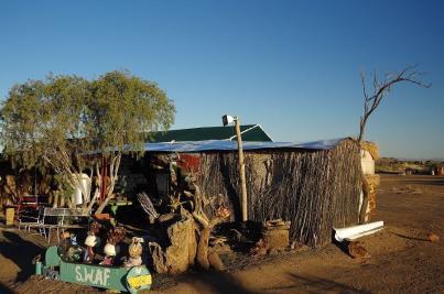 Die Rezeption von Garas Park Rest Camp, Keetmanshoop ist als Solche auf den ersten Blick nicht zu erkennen.
