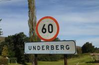 Darauf einen ... Underberg. Nach der Abfahrt vom Sanipass gelangt man auf südafrikanischer Seite nach Underberg.
