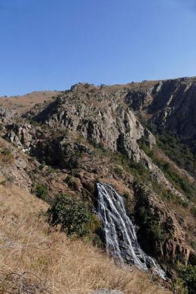 ... aber die gleichnamigen Wasserfälle sind sehenswert.