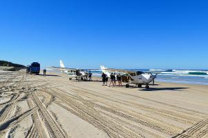 Der Strand von Fraser Island wird vielseitig genutzt.