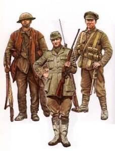 Britische Infanteristen (links und rechts) und ein Infanterie-Offizier