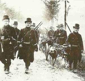 Belgische Truppen auf dem Rückzug
