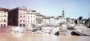 zerstörte Arno-Bruecke in Florenz
