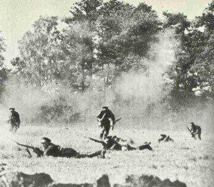 Russische Truppen im Gefecht in Ostpreussen 1914