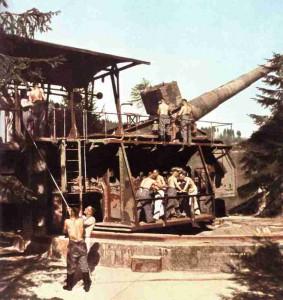 Deutsches Artilleriegeschütz mit grosser Reichweite bei Calais