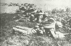 Deutsche Infanterie in offener Formation