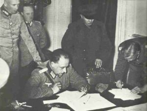 Deutsche und russische Offiziere in Polen 1939