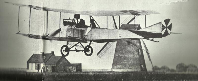 Albatros B startet von Flugfeld