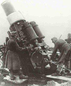 Skoda-Haubitze im Einsatz