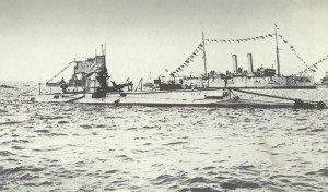 Rückkehr des englischen U-Boots B11 aus den Dardanellen