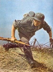 Landser mit der Standardwaffe der deutschen Infanterie