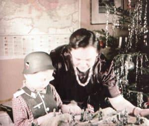 Kriegs-Weihnachtsfest