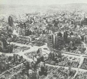 völlig zerstörtes Stuttgart