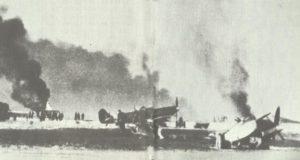 Unternehmen Bodenplatte: brennende Spitfire