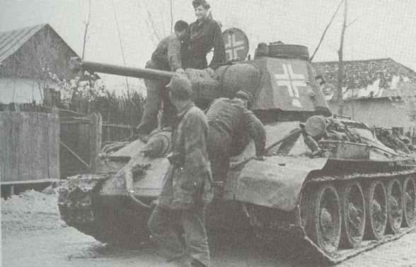 erbeuteter T-34 mit deutscher Kommandanten-Kuppel