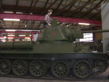 T-34 Modell 1943 im Panzermuseum Munster.
