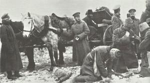 Russische Truppen erhalten Munitionsnachschub.