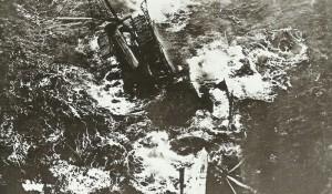 Dampfer sinkt nach Torpedoangriff