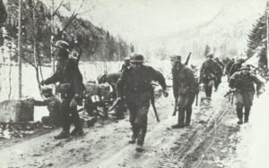 Deutsche Infanterie erhaelt Feuer