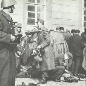 Tschechen entwaffen Deutsche