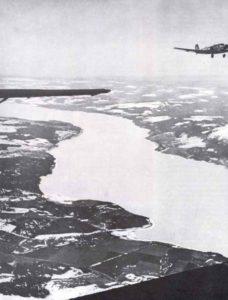 Ju 52 über Norwegens Fjorden