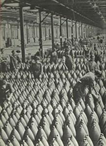 Lagerhalle in einer Munitionsfabrik