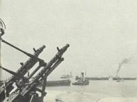 Transportschiffe in den Kanalhäfen
