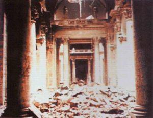 Reichkskanzlei in Ruinen