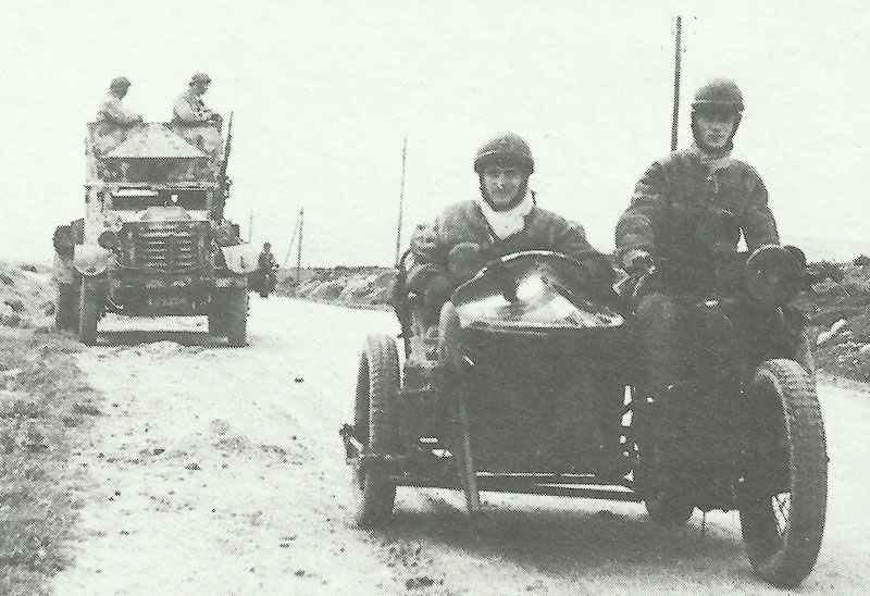 Frei-französische Patrouille in Tunesien