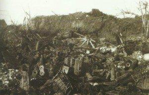 zerstörte Artillerie-Stellung