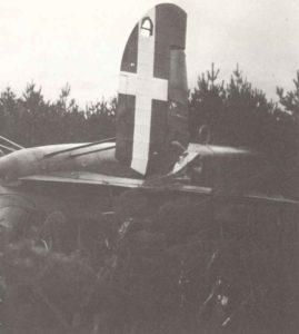 Wrack eines abgeschossenen italienischen Fiat BR20 Cicogna in England