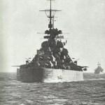 Bismarck von achtern.