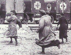 Übung von Rot-Kreuz-Schwestern