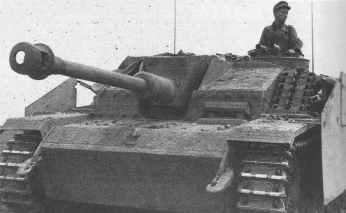 StuG 40 G mit Seitenschürzen