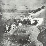 Stuka über dem Hafen von Tobruk