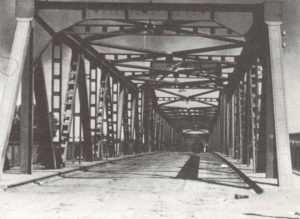 wichtige Straßenbrücke über die Düna bei Dünaburg