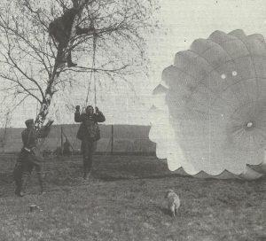 Abgesprungener Beobachter abgeschossener Ballon