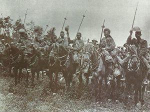 Britische Kavalleristen an der Somme