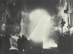 Britische Feuerwehr im Einsatz.