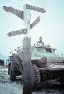 Deutscher Panzerspähwagen vor Moskau